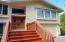 3670 NE 10th St, Lincoln City, OR 97367 - Welcoming entry!