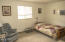 1513 NW Parker Ave, Waldport, OR 97394 - Guest Bedroom