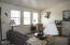 1513 NW Parker Ave, Waldport, OR 97394 - Living Room
