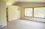 190 NE 121st St, Newport, OR 97365 - Living Room