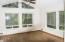 190 NE 121st St, Newport, OR 97365 - Sunroom