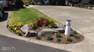 6225 N. Coast Hwy Lot 74, Newport, OR 97365 - Lot 74 Flower garden 7-26-17