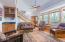 17020 Siletz Hwy, Siletz, OR 97380 - Great Room