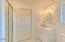 428 NW 19th St, Newport, OR 97365 - Guest Bath