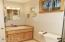 2601 NW Parker Ave, Waldport, OR 97394 - Bath 2!