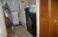 90 Laurel Street, Gleneden Beach, OR 97388 - Laundry Space