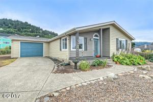 762 Driftwood Ln, Yachats, OR 97498