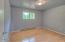 1285 S Crestline Dr, Waldport, OR 97394 - Bedroom 1