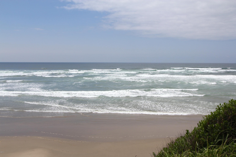 14556 S Coast Hwy, South Beach, OR 97366-9610 - Ocean View