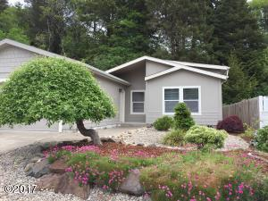 4410 SE Heron Loop, Lincoln City, OR 97367 - Home Sweet Home