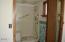 7211 Yaquina Bay Rd, Newport, OR 97365 - Main Floor Bath
