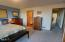 522 SW Smith Ct, Newport, OR 97365 - Master Bedroom