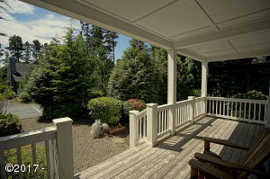 258 Bunchberry Way, Depoe Bay, OR 97341