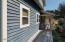 2553 SW Barnacle Ave., Lincoln City, OR 97367 - Gated porch