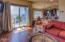 180 NW Gilbert Way, A, Newport, OR 97365 - living room