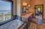 180 NW Gilbert Way, A, Newport, OR 97365 - master bath