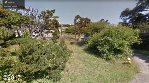 5522 NW Keel Ave, Lincoln City, OR 97367 - Photo