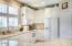 5965 SW Arbor Dr, Newport, OR 97366 - large kitchen