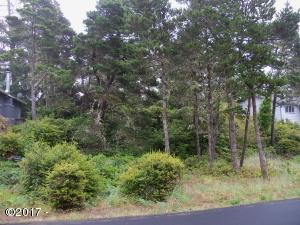 2201 NW Mokmak Lake Dr, Waldport, OR 97394 - Lot