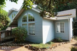 5338 NE Port Lane, Lincoln City, OR 97367 - Exterior