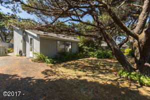 5545 El Sol Avenue, Gleneden Beach, OR 97388 - Exterior