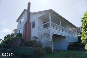 1746 NW 36th St, Lincoln City, OR 97367 - Exterior
