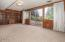 380 NE Edgecliff Dive, Waldport, OR 97394 - Family room - View 1 (1280x850)