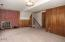 380 NE Edgecliff Dive, Waldport, OR 97394 - Family room - View 3 (1280x850)