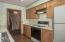 380 NE Edgecliff Dive, Waldport, OR 97394 - Kitchen - View 4 (1280x850)