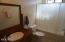 1746 NW 36th St, Lincoln City, OR 97367 - Main Floor Bath