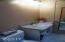 537 SW Ebb Ave, Lincoln City, OR 97367 - Bathroom