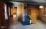 537 SW Ebb Ave, Lincoln City, OR 97367 - Living Room-Entryway