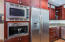 7315 Neptune Ave., Gleneden Beach, OR 97388 - Chef's Gourmet Kitchen