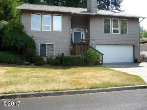 1128 NW Sunset Dr, Toledo, OR 97391