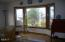 530 SW Coast Ave, Depoe Bay, OR 97341 - Living Room