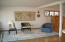 530 SW Coast Ave, Depoe Bay, OR 97341 - Family Roon