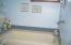 530 SW Coast Ave, Depoe Bay, OR 97341 - Master bath tub and shower room