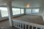 618 NE 55th St, Newport, OR 97365 - Enclosed porch