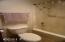 5801 NE Voyage Avenue, 47, Lincoln City, OR 97367 - Shower