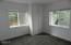 662 NE 8th Pl, Toledo, OR 97391 - Bedroom 1