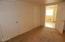 662 NE 8th Pl, Toledo, OR 97391 - Bonus Room