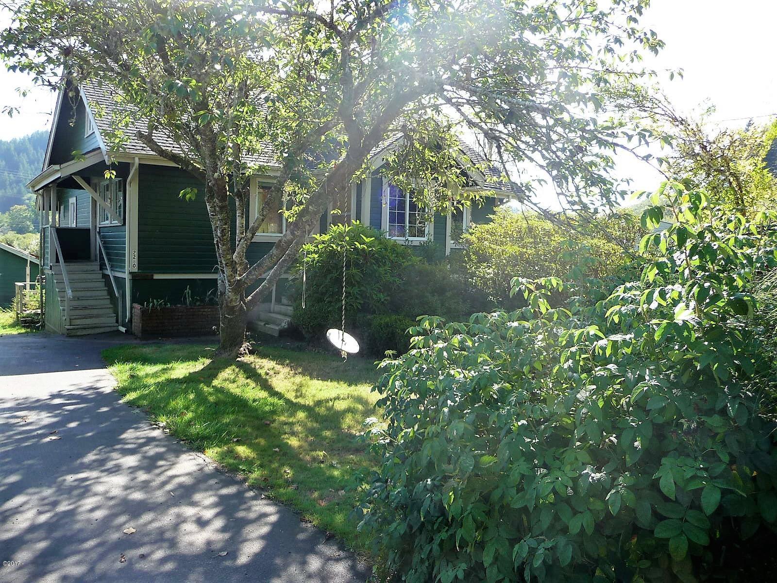 2280 NE Mossy Loop, Toledo, OR 97391 - Front of home