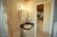 6715 Salal Pl, Gleneden Beach, OR 97388 - Unit 1 Bathroom 1