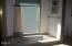 535 SW Cardinal Street, Depoe Bay, OR 97341 - Master bath tub