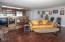 1123 N Hwy. 101, #1, Depoe Bay, OR 97341 - Living Room - View 4 (1280x850)