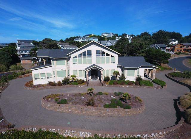 9 NW Lincoln Shore Star Resort, Lincoln City, OR 97367 - Exterior Aerial 2