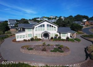 9 NW Lincoln Shore Star Resort, Lincoln City, OR 97367