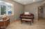 4634 SE 51st St, Lincoln City, OR 97367 - Piano Noook