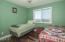 1123 N Hwy. 101, #1, Depoe Bay, OR 97341 - Guest Bedroom - View 1 (1280x850)