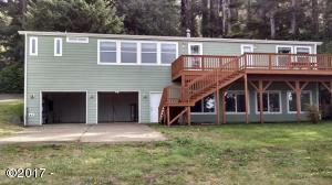 1109 King, Yachats, OR 97498